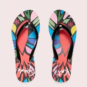NWT Kate Spade Natal Sandals in Black Parrot
